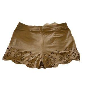 STELLA LUCE NWOT! Cute Tan Shorts!
